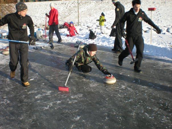 prova på curling malmö